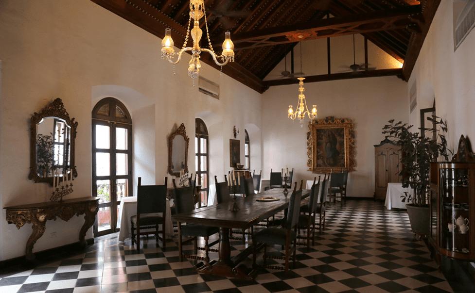 Casa Popeno, Antigua